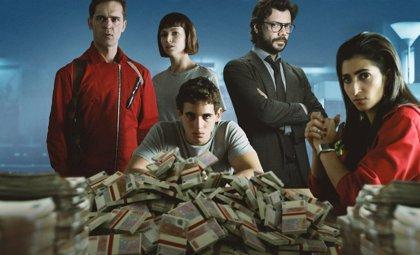 ¿Cuántos futbolistas se pueden fichar con los 984 millones robados en 'La Casa de Papel'?