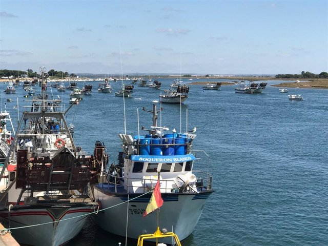Barcos pesqueros en Punta Umbría.