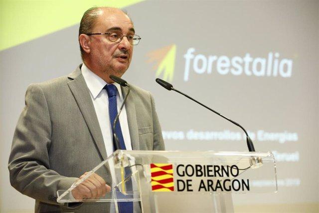 Javier Lambán, presidente del Gobierno de Aragíon, durante la presentación del proyecto de Forestalia en Teruel