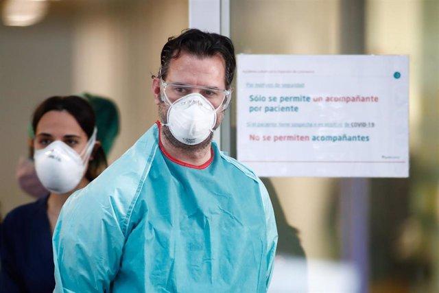Sanitarios agradecen el homenaje que cada día se celebra en su honor en todos los Centros de Salud y Hospitales de España.