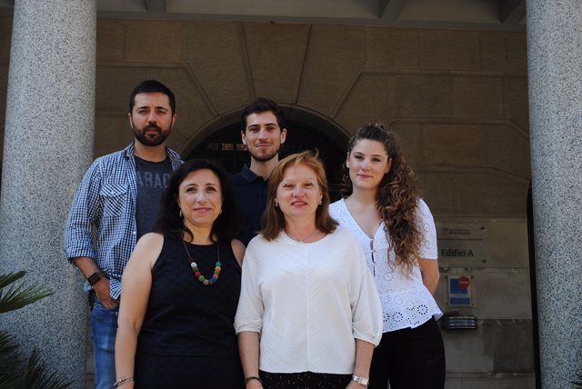Equipo de investigadores de la UB
