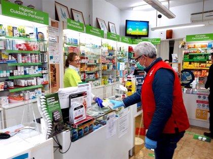 El Colegio de Farmacéuticos de Baleares y Cruz Roja entregarán medicamentos a domicilio a la gente mayor