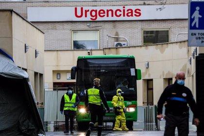 Baja la presión en las Urgencias de Madrid : un millar de pacientes menos pendientes de ingreso