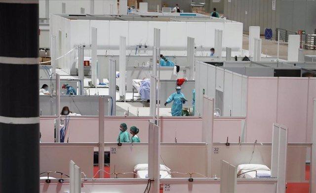 Imagen de camas habilitadas en el hospital provisional para pacientes de coronavirus en Ifema.