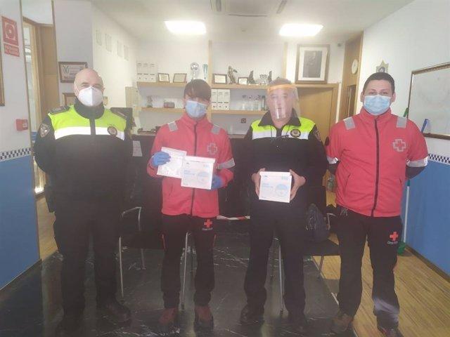 El Gobierno de Cantabria reparte mascarillas contra el COVID a las Policía Locales de la comunidad autónoma