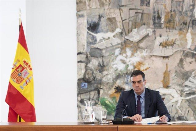 El president del Govern, Pedro Sánchez, en la reunió del Comitè Tècnic de Gestió de la Covid-19, a Madrid (Espanya) a 4 d'abril de 2020.