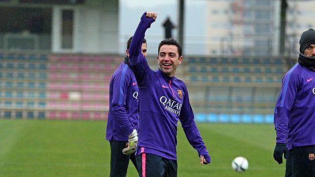 El futbolista Xavi Hernández durante un entrenamiento cuando jugaba en el FC Barcelona