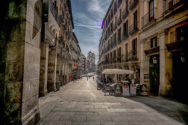 Madrid cierra toda la hostelería desde mañana para frenar contagios por coronavirus