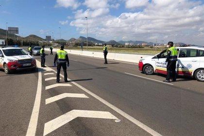 Castejón exige a la Delegación del Gobierno más medios para evitar la llegada de turistas a la costa