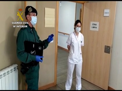 Guardia Civil forma a personal de centros de mayores y personas con discapacidad ante posibles infecciones