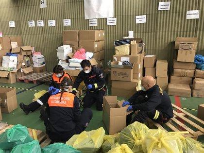 Comunidad distribuye en residencias 202.850 pares de guantes, 42.500 mascarillas donadas por sociedad civil