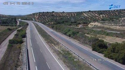 Cortada la A-4 sentido Sevilla por un socavón a la altura de Andújar (Jaén)