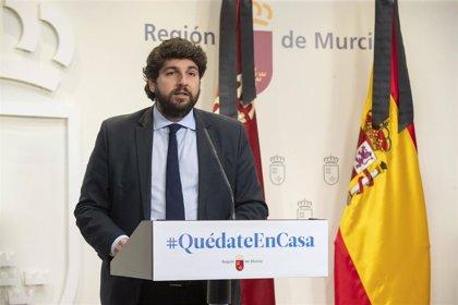 López Miras pide más vigilancia del ejército y policía para evitar desplazamientos a la costa
