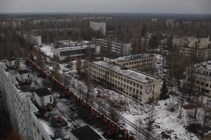 Más de 140 incendios asolan Chernóbil y la región de Kiev