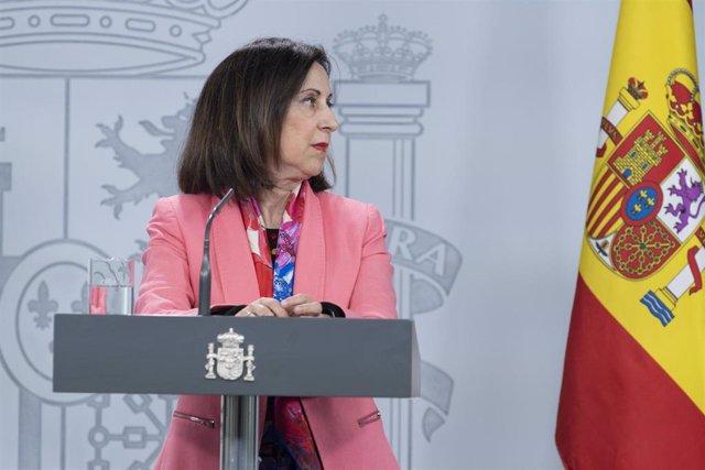 La ministra de Defensa, Margarita Robles, durante una rueda de prensa en relación al coronavirus, en Moncloa, en Madrid (España) a 5 de abril de 2020.