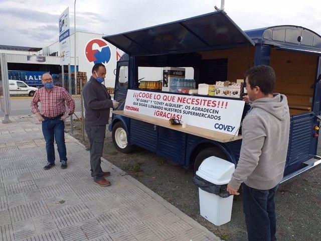 Ponen a disposición de usuarios y trabajadores de Mercamurcia una foodtruck con comida y bebidas gratuitas