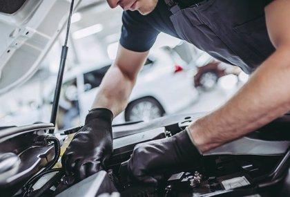 Desinfectar el vehículo y revisar los frenos, consejos para coger el coche tras el confinamiento