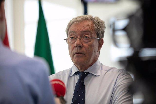 El consejero de Economía, Conocimiento, Empresas y Universidad, Rogelio Velasco, en una entrevista concedida a Europa Press.