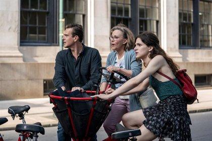 AMC estrena 'Desde Otro Lugar', la nueva serie de Jason Segel, el lunes 13 de abril