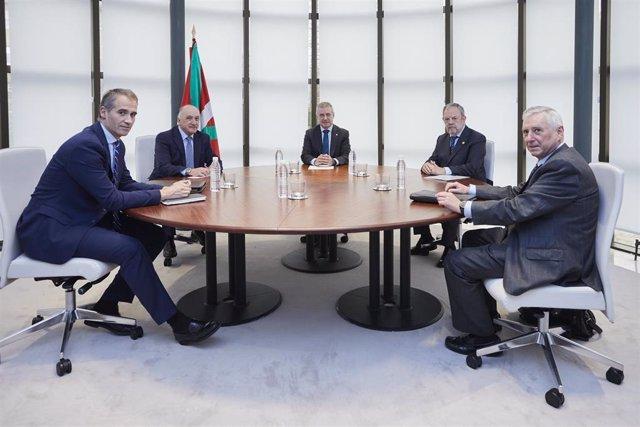 Gobierno Vasco estudia ampliar la financiación de 500 millones para circulante de pymes y autónomos