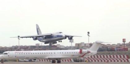 Llega a Manises (Valencia) el cuarto avión de China con 65 toneladas de material de protección