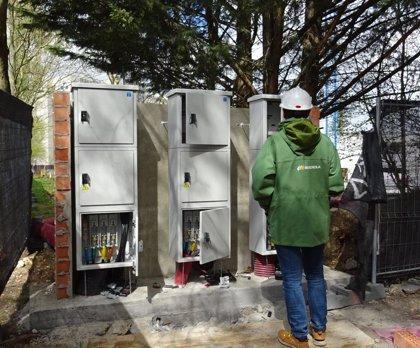 Iberdrola instala un grupo electrógeno para reforzar el suministro eléctrico en la ampliación de Txagorritxu (Vitoria)
