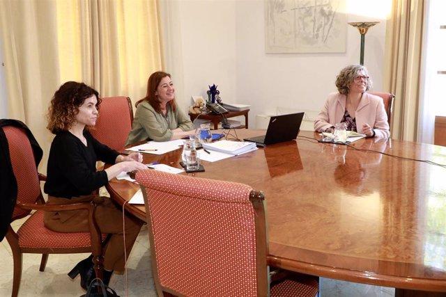 La presidenta del Govern, Francina Armengol, durante la reunión telemática.