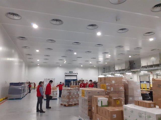Ahorramas cede a Cruz Roja un almacén logístico en Mercamadrid