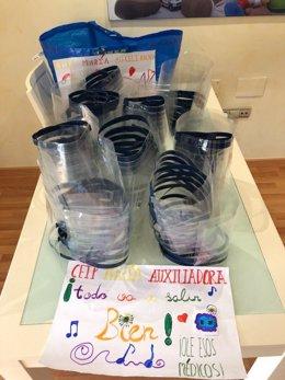 Pantallas protectoras elaboradas con impresora 3d del CEIP María Auxiliadora de Cabezo de Torres donadas a los sanitarios del Hospital Reina Sofía