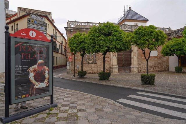 Plaza de Pilatos, donde se encuentra el Palacio del mismo nombre sin turistas durante el estado de alarma