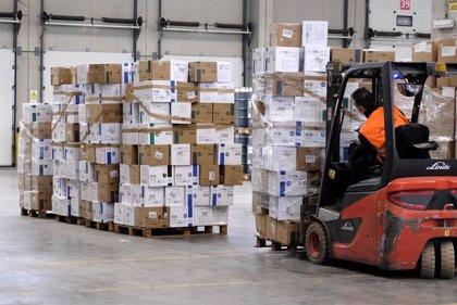 Junta distribuye nueve millones de artículos de protección para personal sanitario y de servicios sociales
