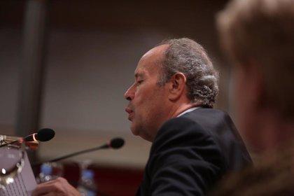 Campo admite que hay debate jurídico sobre cómo actuar ante un asintomático que rechace el confinamiento