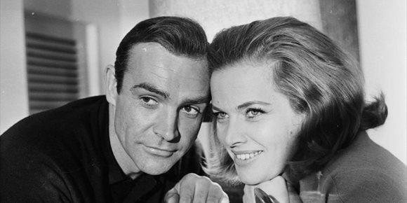 7. Muere Honor Blackman, chica Bond y actriz de Los Vengadores, a los 94 años