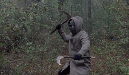The Walking Dead 10x16: ¿Quién está tras la máscara de hierro?