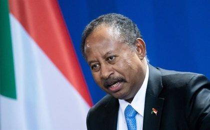 Sudán anuncia medidas contra antiguos miembros del partido de Al Bashir pero niega rumores de un posible golpe