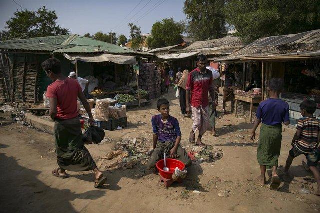 Campamento de refugiados rohingyas en Bangladesh