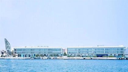 De rótulos a mamparas y de robots submarinos a viseras: Marina de Empresas se reinventa contra el Covid-19