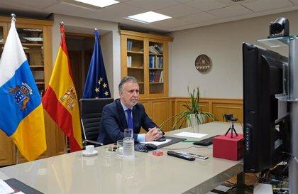 """Torres admite que el Gobierno estudiará la singularidad de Canarias para el desconfinamiento pero """"no es fácil"""""""