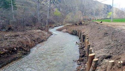 La CHE lleva a cabo 58 actuaciones de mejora de la capacidad de desagüe en cauces de Aragón