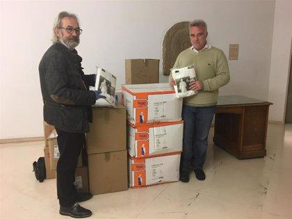 Coronavirus.- El Ayuntamiento de Logroño entrega equipos de protección individual para el personal de limpieza