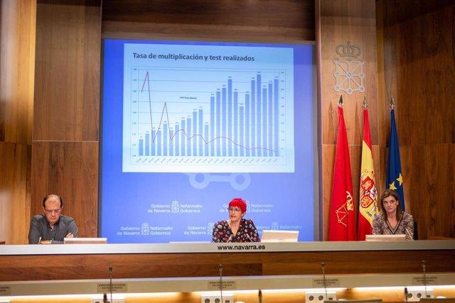 La consejera de Salud, Santos Induráin, ofrece los últimos datos sobre el coronavirus en Navarra
