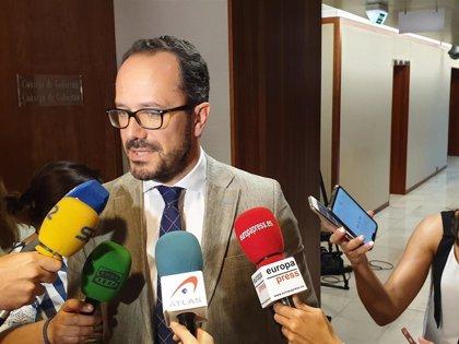 Vox, extrañado de que el PP pida reabrir el parlamento en Asturias cuando lo rechaza en la Comunidad de Madrid