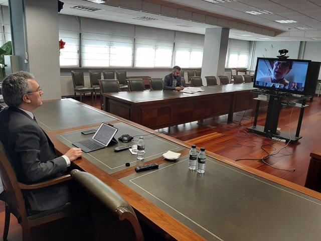 Videoconferencia del delegado del Gobierno con representantes de Cecale.