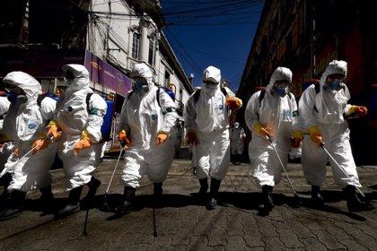 """El Gobierno de Bolivia sopesa prorrogar la cuarentena y pide """"paciencia"""" a los ciudadanos"""