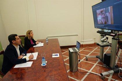 Juanma Moreno traslada el apoyo del Gobierno andaluz a autónomos y pymes ante la crisis sanitaria