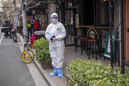 China confirma tres casos de coronavirus de transmisión local y 59 importados