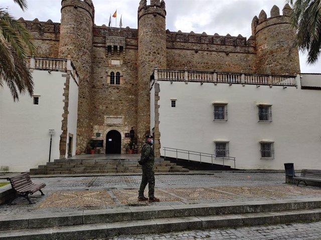 Militares d ela Brigada Extremadura XI realizan tareas de vigilancia y control con motivo del coronavirus
