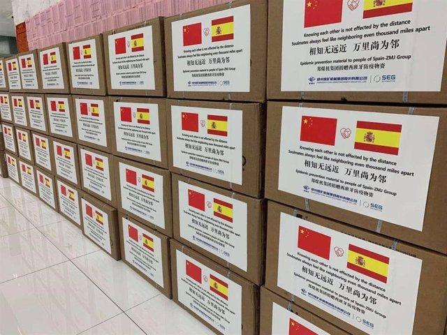 Material médico donado a Cantabria por ZMJ