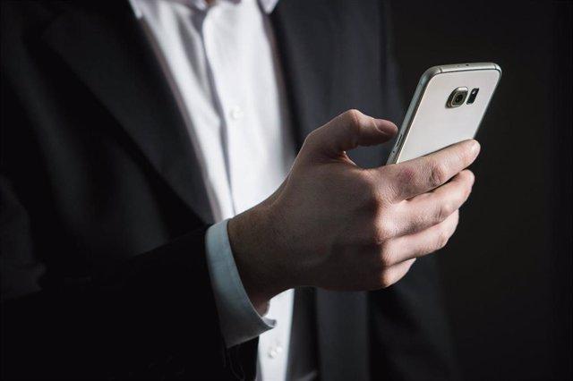 Móvil, teléfono, app.