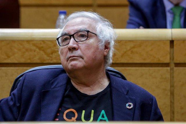 El ministro de Universidades, Manuel Castells, durante una sesión de control al Gobierno en el Senado a primeros de marzo.